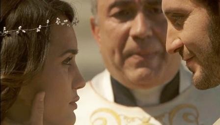 Donna cerca coppia rosario